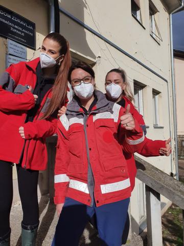 Mein Team vor Ort: Beyza Erol Sibel Demir und ich
